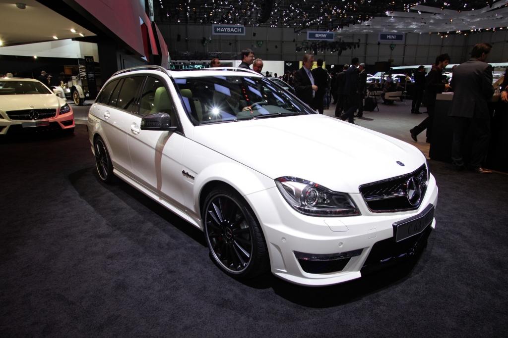 Genf 2011: Mercedes-Benz C 63 AMG verbraucht über einen Liter weniger
