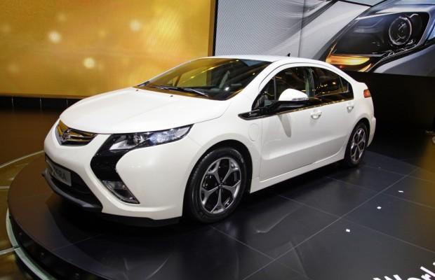 Genf 2011: Opel zeigt den endgültigen Ampera