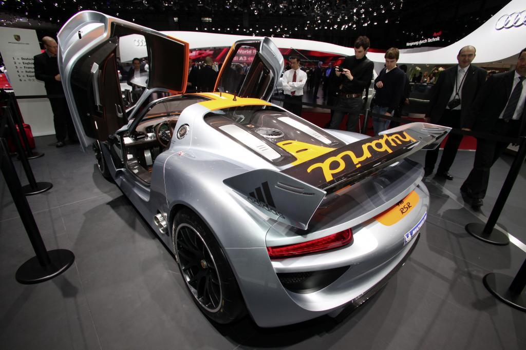 Genf 2011: Porsche 918 RSR speichert 204 Zusatz-PS im Schwungrad