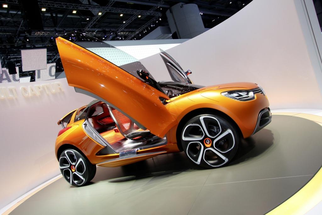Genf 2011: Renault Captur ist eine bunte Mischung