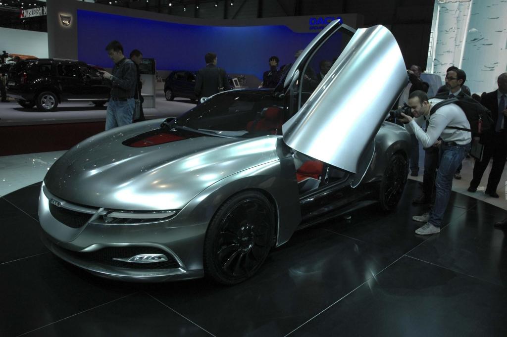 Genf 2011 – Studien: BMW, Mini, Opel, Smart, Renault ...