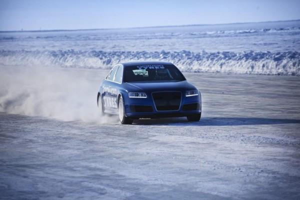Geschwindigkeits-Weltrekord: Mit 331 Sachen übers Eis