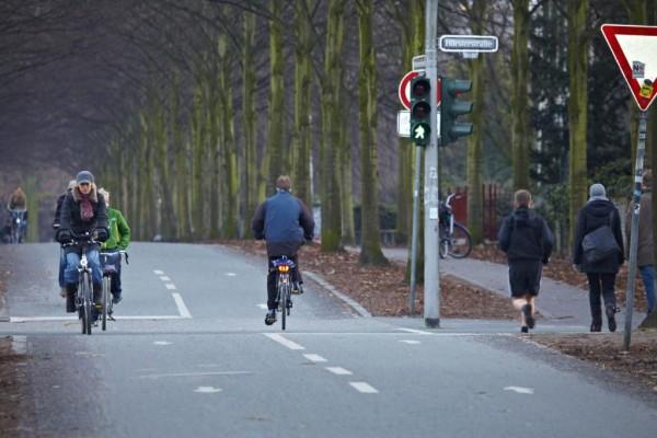 Kinder sollten einhändig Radfahren können