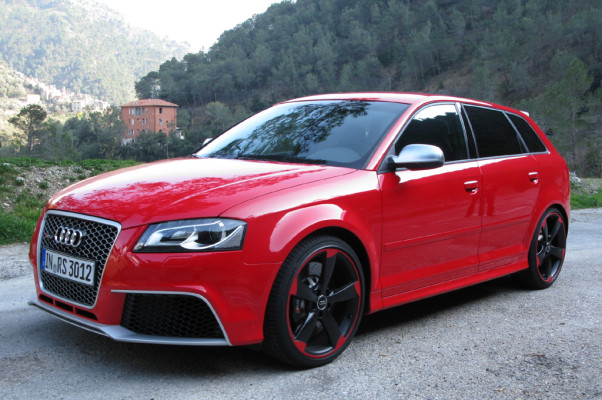 Kompakte Krönung: Audi kündigt neuen RS3 Sportback noch für Ende April an