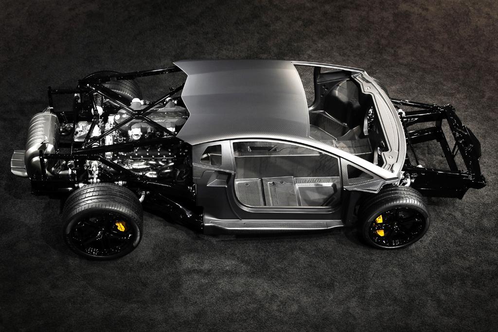 Lamborghini-Leichtbau: Das Rolling Chassis für den neuen Zwölfzylinder mit Voll-Monocoque.