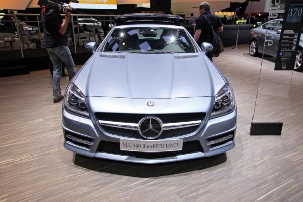 Mercedes-Benz SLK: Ein Roadster zeigt Gesicht