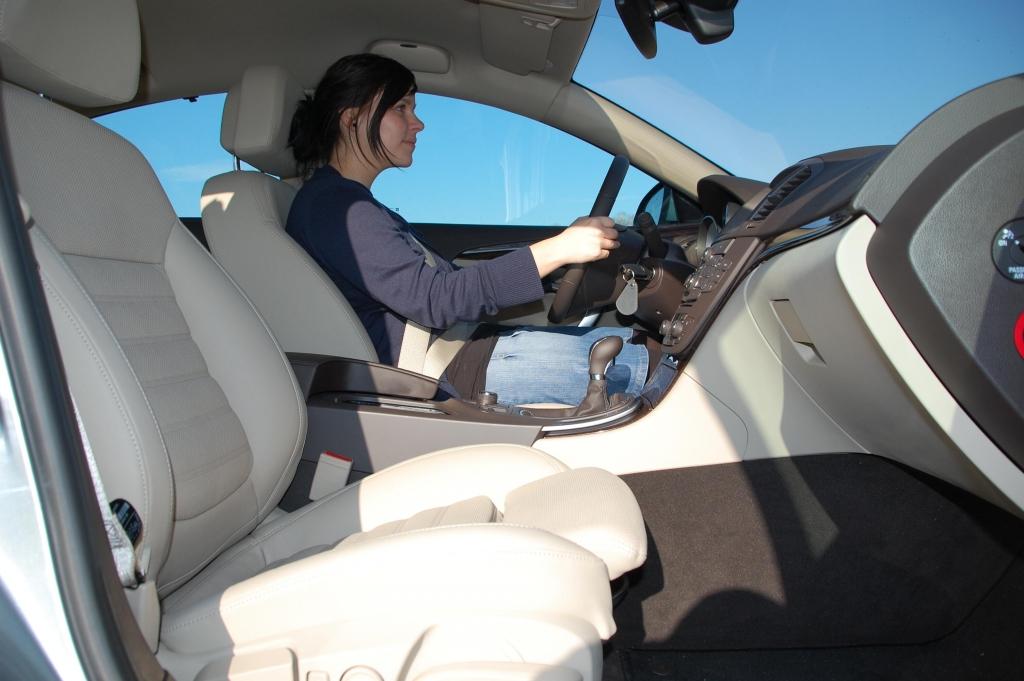 Mittelklasse-Duell: Opel Insignia 2.0 CDTI Innovation vs. Citroën C5 THP 155 Tendance