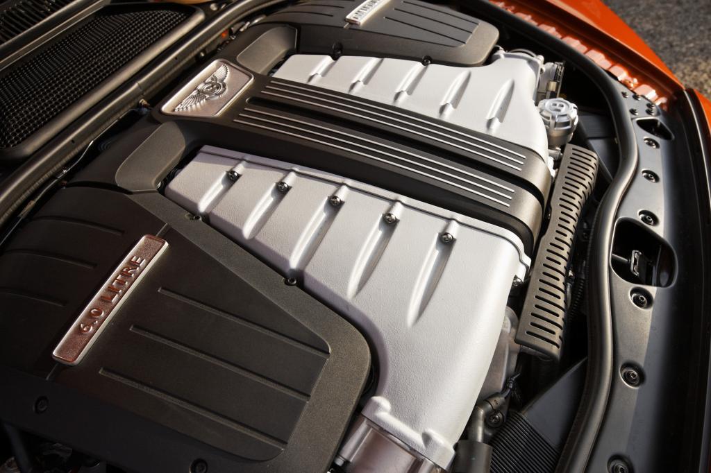 Motorwäsche - Vorsicht vor zu viel Druck