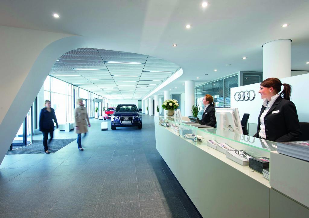 Neuer Eingangsbereich im Audi-Forum Ingolstadt