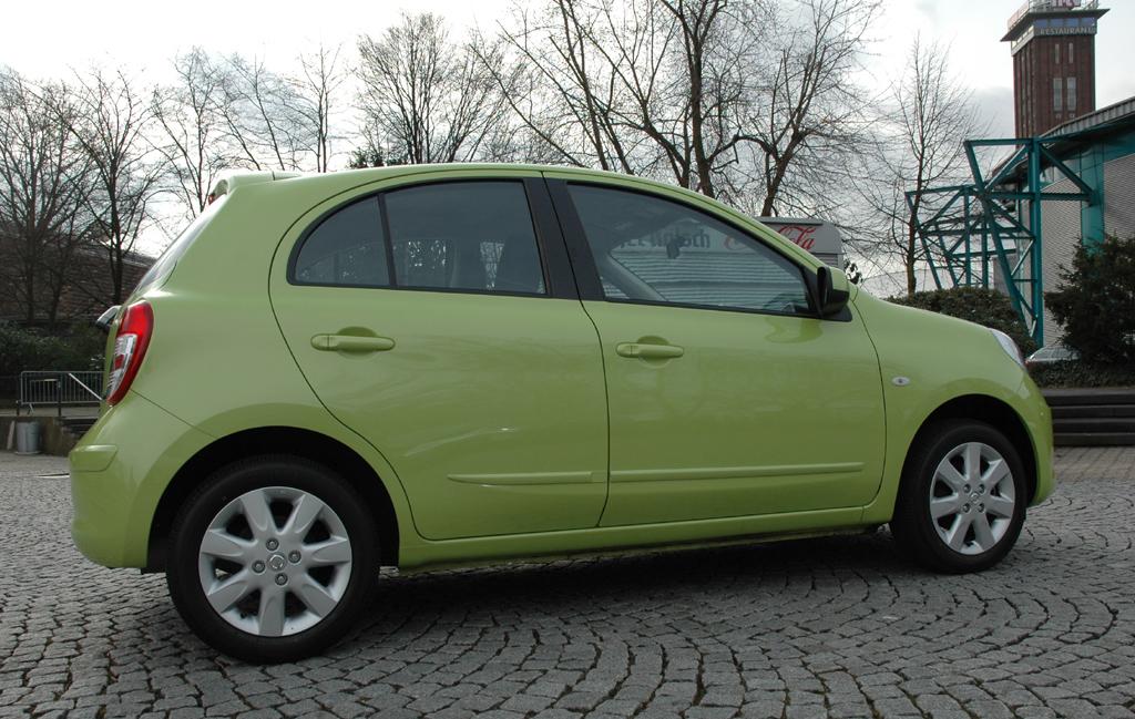 Nissan Micra: Seitenansicht der in Indien vom Band laufenden Europa-Version.