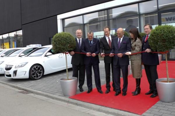Opel stellt neues Konzept für Autohäuser vor