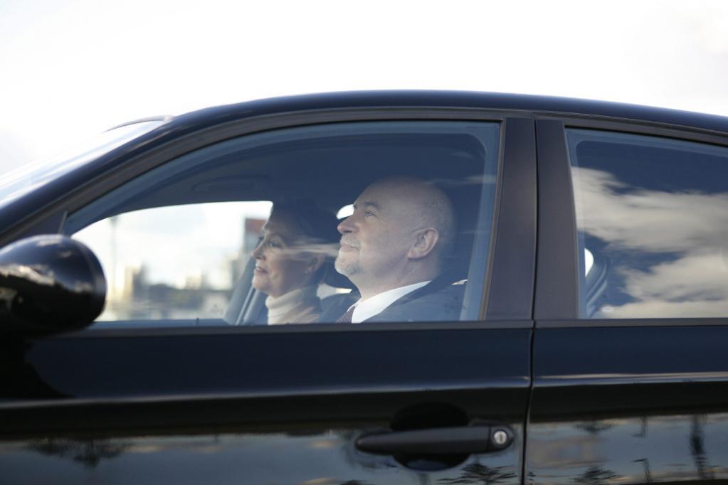 Recht: Autositz verstellt sich während der Fahrt selbst
