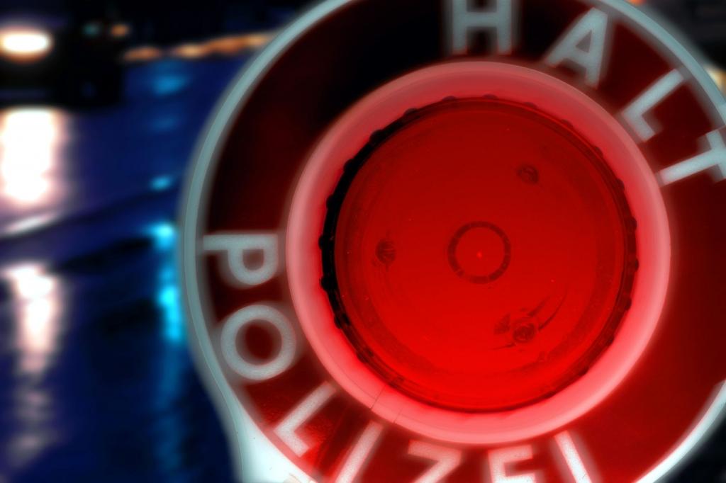 Staatsanwaltschaft ermittelt wegen Polizeiautos