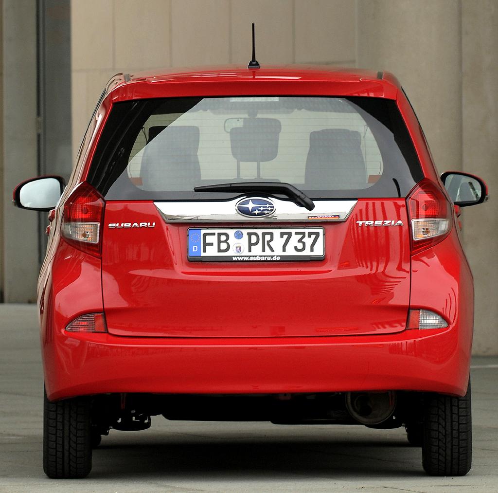 Subaru Trezia: Blick auf die Heckpartie des Fünftürers.