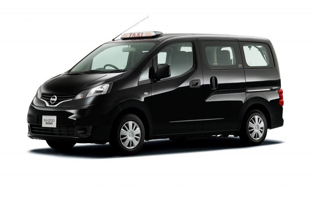 Taxiversion des Nissan NV200 erhält zwei Design-Auszeichnungen