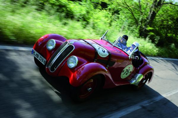 Techno Classica: BMW nach fünf Jahren wieder mit Rolls Royce