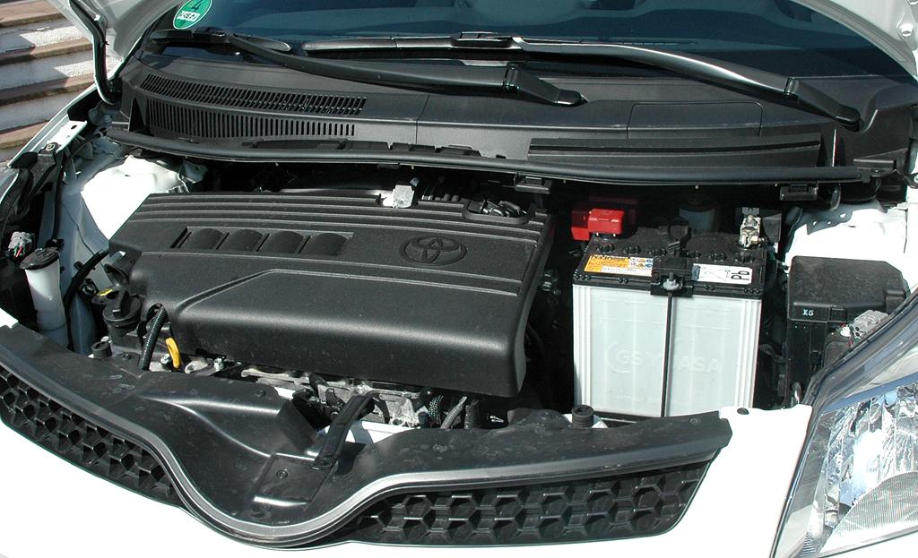 Toyota Urban Criuser: Blick unter die Motorhaube auf den 1,33-Liter-Vierzylinder.