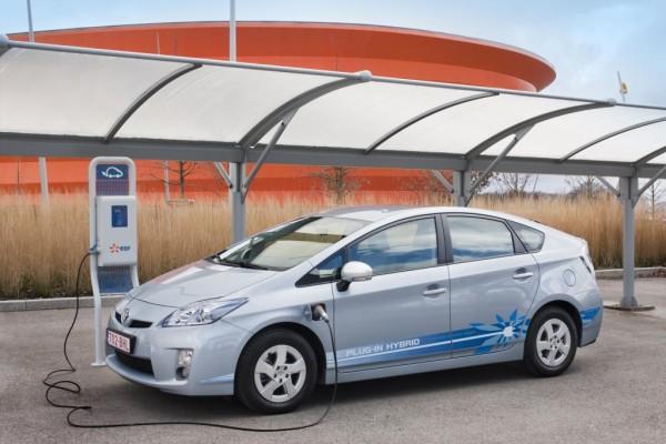 Toyota testet den Prius Plug-in in Paris
