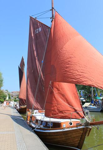 Zeesenbootregatta – Das Auge fährt mit | fotos: matthias dabels/fischlaender segelschule