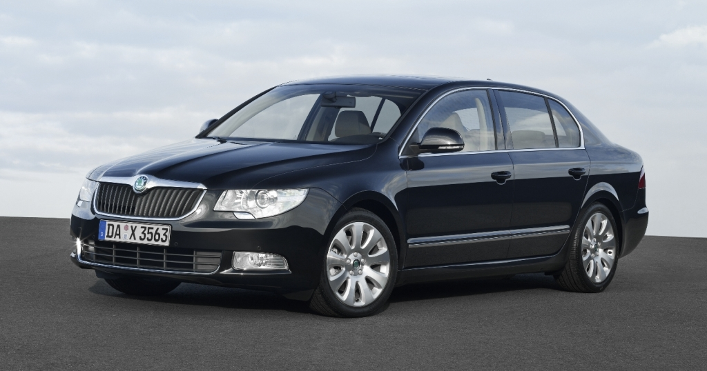 Škoda Superb.