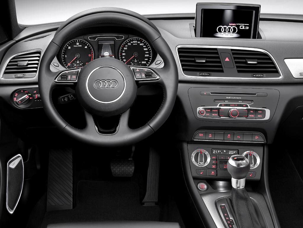 Audi Q3: Im Cockpit geht es sportlich-funktionell zu.