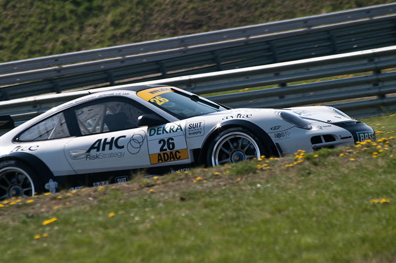 BMW-Alpina dominiert Rekordfeld beim Saisonauftakt in Oschersleben