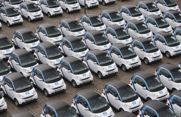 Car2go mit 300 Smart in Hamburg gestartet