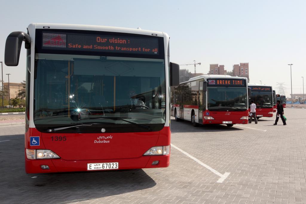 Daimler liefert 300 Stadtbusse nach Singapur