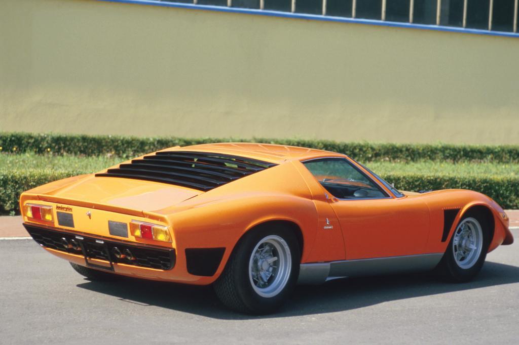 Der Lamborghini Miura eröffnete 1966 die Boom-Ära der Sportwagen