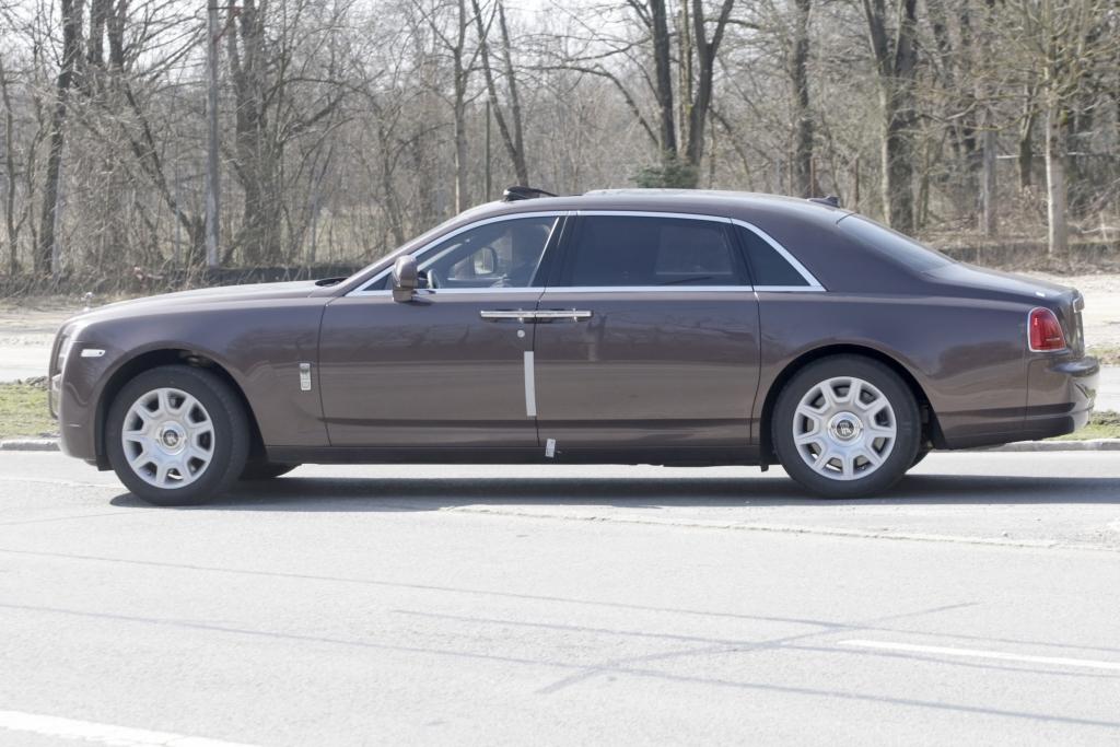 Erwischt: Erlkönig Rolls-Royce Ghost LWB – Der große Geist