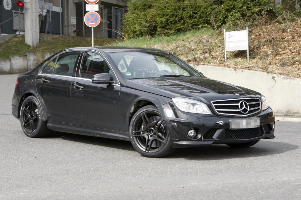 Erwischt: Mercedes C63 AMG Black Series –  C63 trägt schwarz