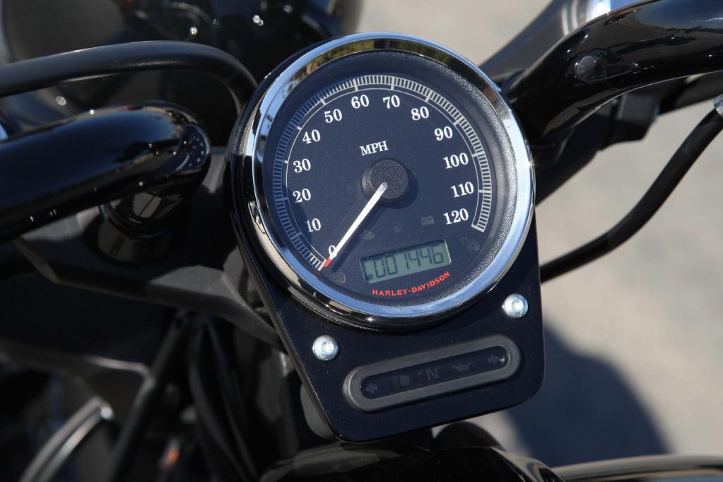 Harley-Davidson Softail Blackline: Chopper pur