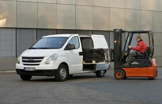 Hyundai bringt sparsamer Basismotor für H-1 Travel und H-1 Cargo