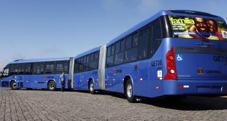 In Brasilien entdeckt: Der längste Bus der Welt