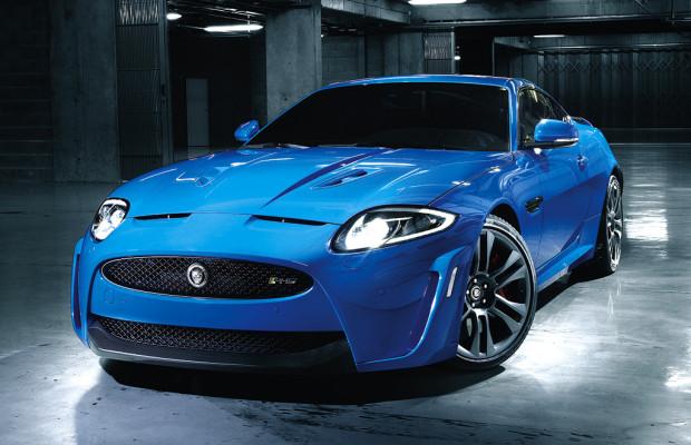 Jaguars 550 PS starkes Sportcoupé XKR-S ist 300 Stundenkilometer schnell