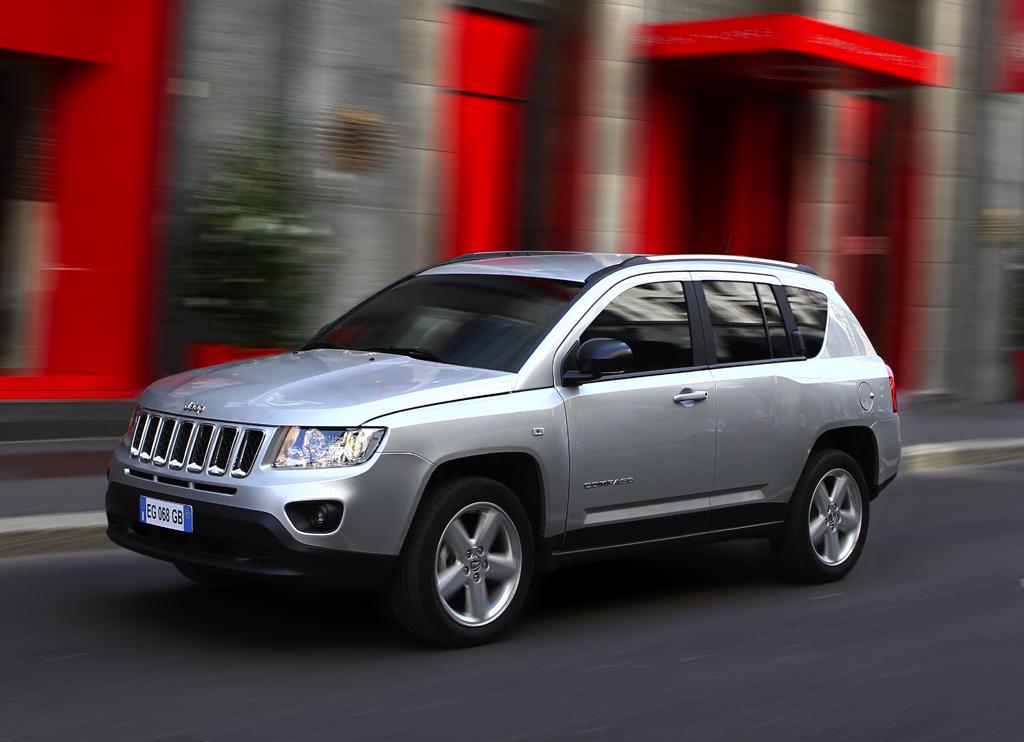 Jeeps Compass, jetzt modellgepflegt, ist das Einstiegsmodell der Marke.