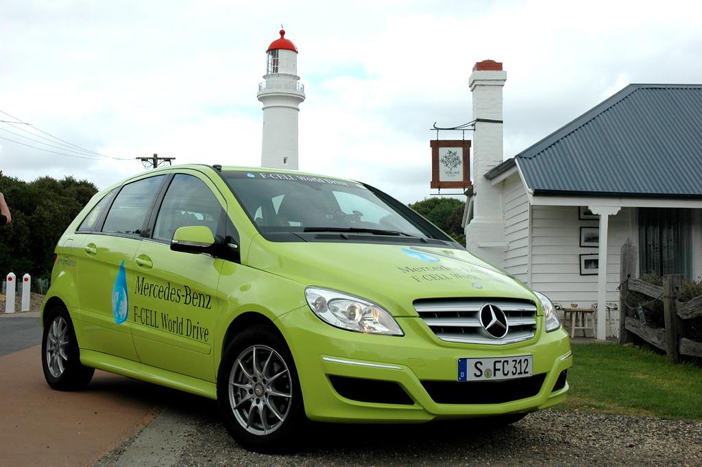 Leuchturm-Projekt: Mercedes-Brennstoffzellen-B-Klasse bei Welttour in Australien.