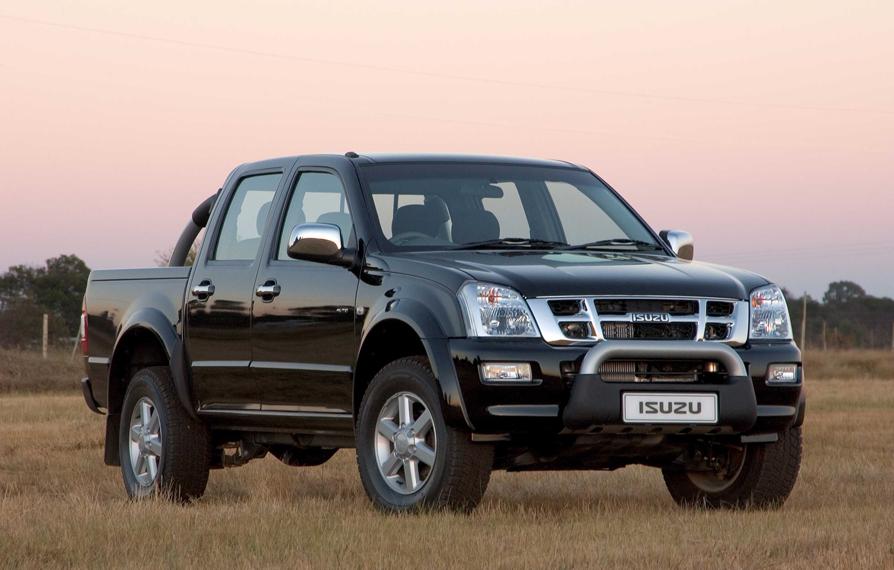 Mit Pick-ups und leichten Nutzfahrzeugen hat sich Isuzu weltweit einen Namen gemacht. Nun hat angeblich VW Interesse an einer Übernahme.