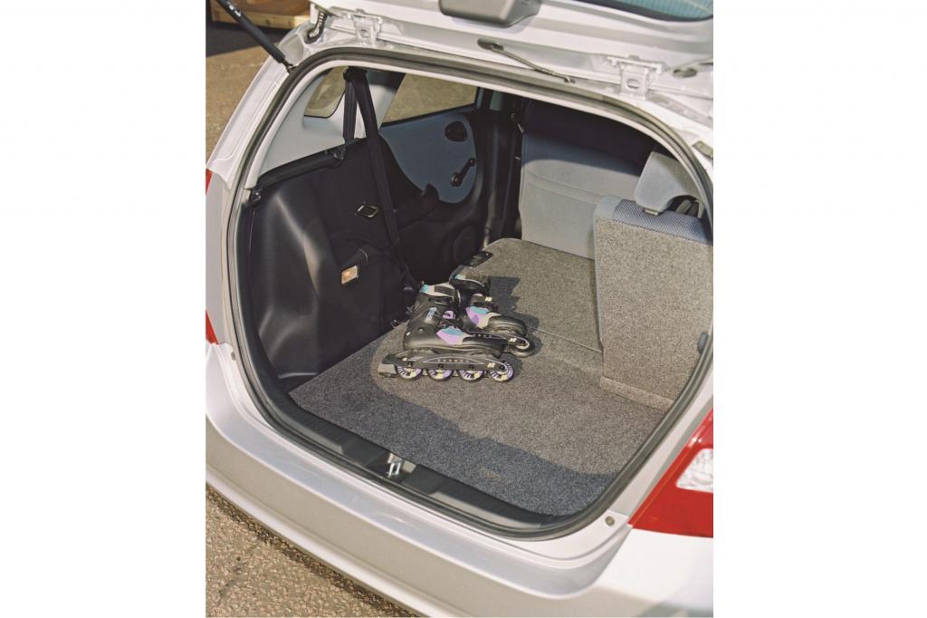 Mit umgeklappter Rückbank ist der Kofferraum so groß wie beim VW Golf