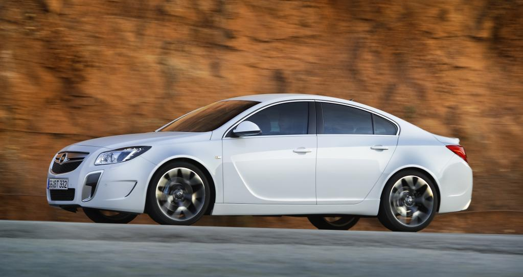 """Opel Insignia OPC """"Unlimited""""."""