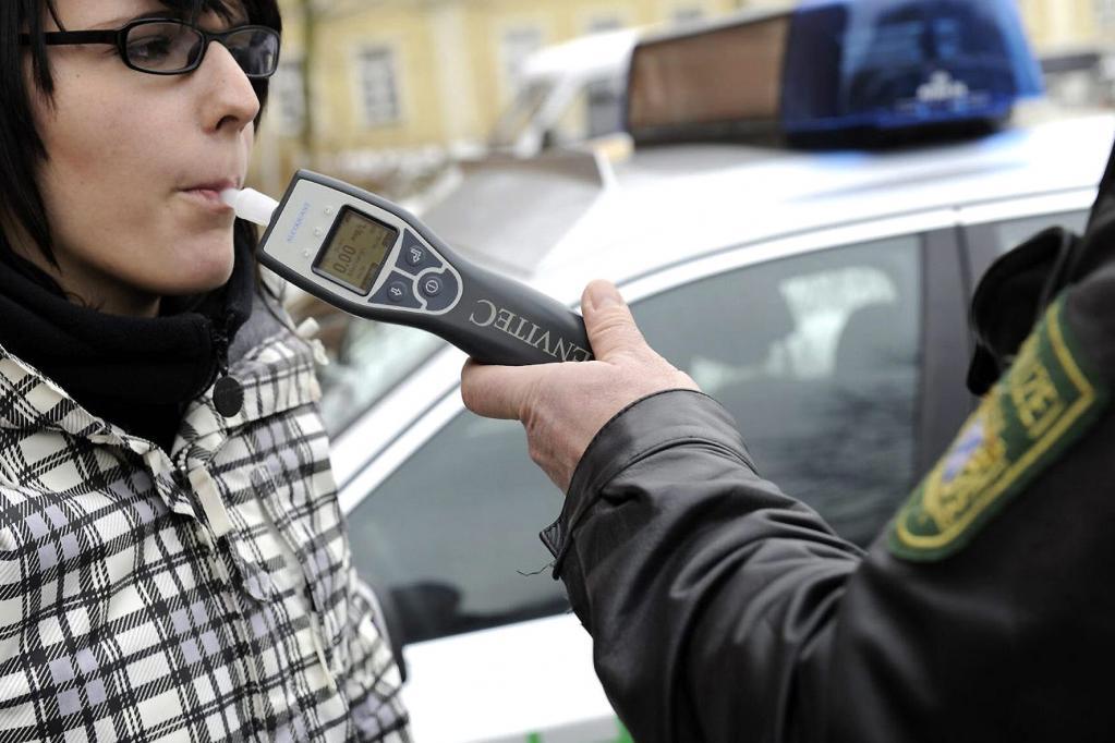 Politik will Alkoholtester im Auto