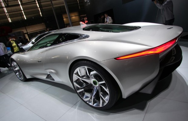 Shanghai 2011: Jaguar mit CX-75 vertreten