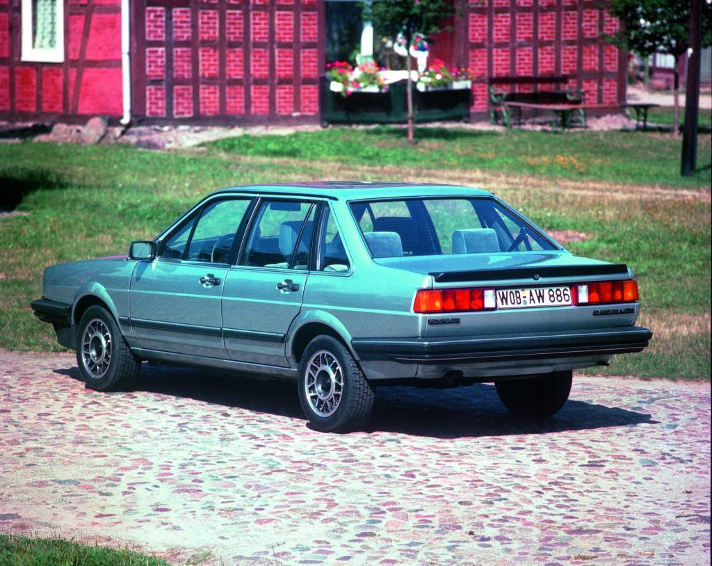 Volkswagen Santana (1983).