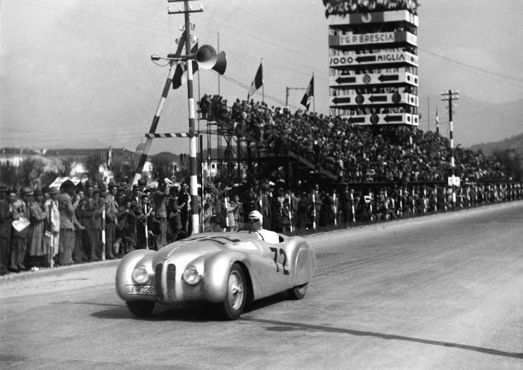 "BMW 328 ""Mille Miglia"" Roadster (1940)."