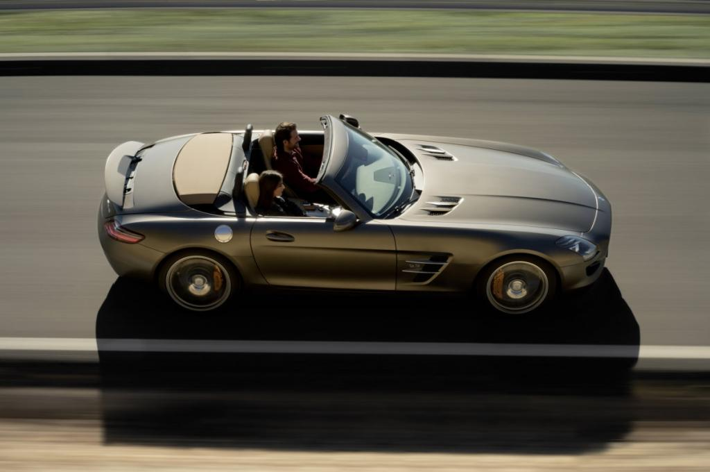 Das Cabrio ist ab Herbst zu Preisen ab 195 160 Euro erhältlich.