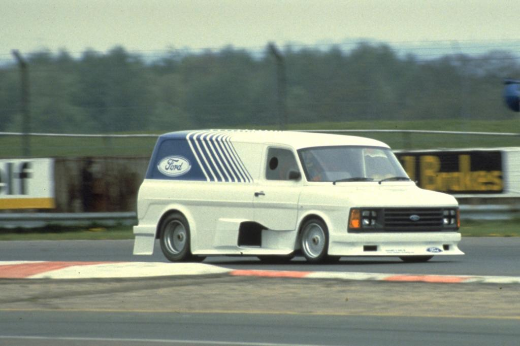 Ford Transit Supervan II, 1985