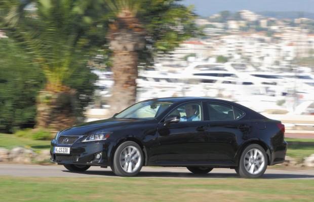 Lexus weitet Anschlussgarantien aus