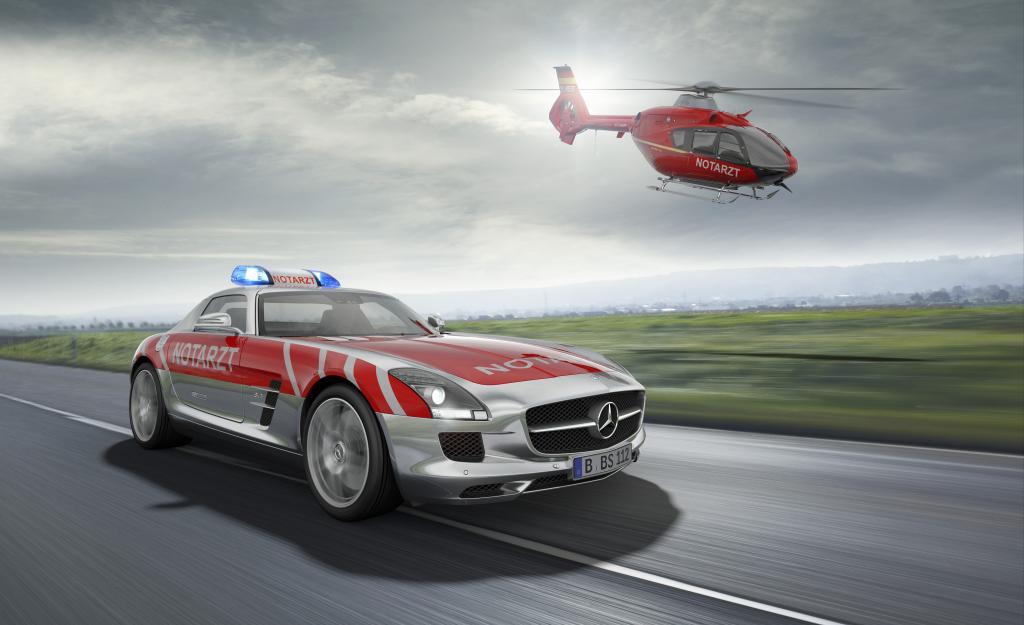 Mercedes-Benz zeigt SLS AMG für den Notarzt