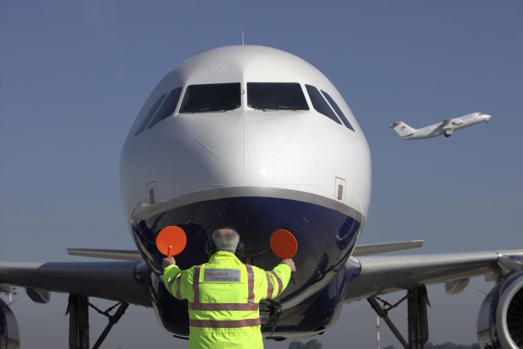Rechtstipp: Stornierte Flugreise - Nebenkosten zurückverlangen