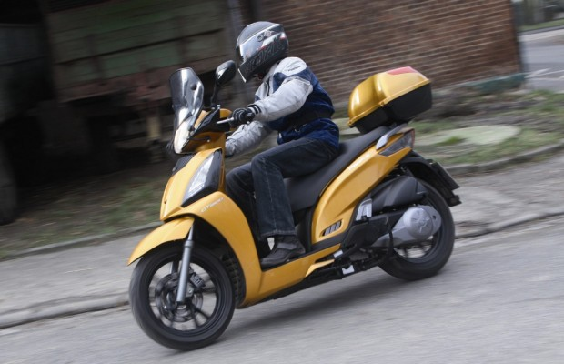 Roller-Fahrbericht Kymco People GT 300i: People are People